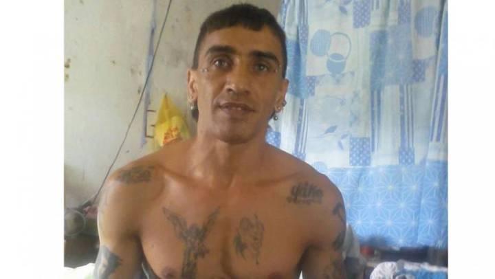 La historia del reo que mató a sus dos parejas mientras lo visitaban en la cárcel