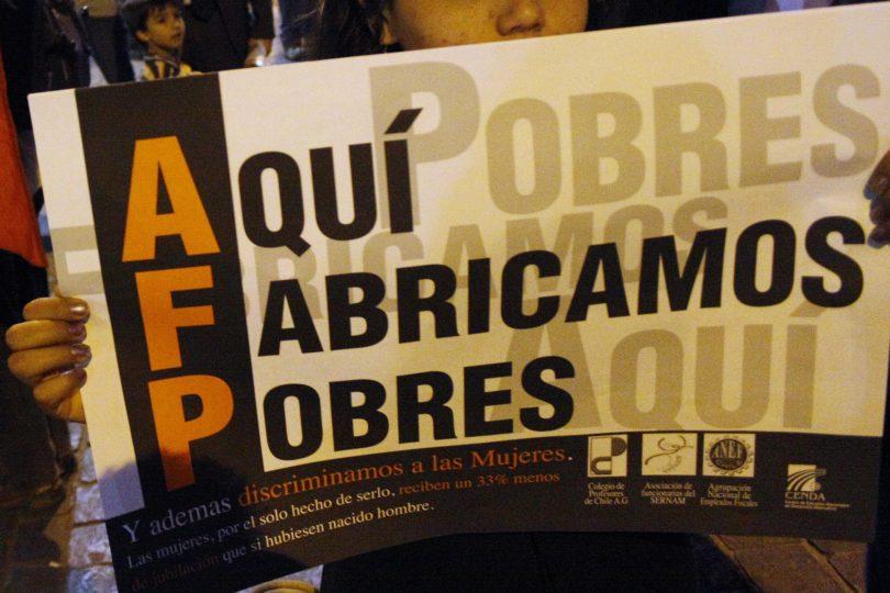 Justicia acoge recurso contra AFP para suspender retención de fondos de fallecida