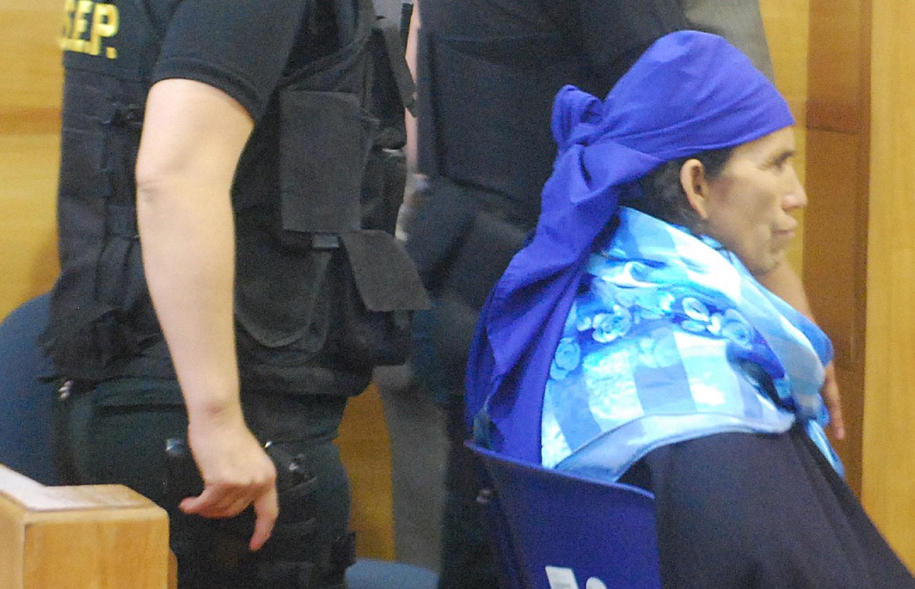 Fiscal del caso Luchsinger pide informe de salud de Linconao: pesa 41,3 kilos