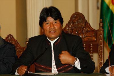 Evo Morales acusa a La Moneda de orquestar paro de funcionarios de Aduanas para perjudicar a Bolivia