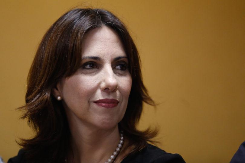 La particular defensa de vocera de Chile Vamos a tuit que relacionaba incendios con ley de aborto