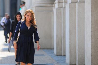 Cathy Barriga tira el mantel tras quejas por despidos y lanza durísima acusación a la administración anterior