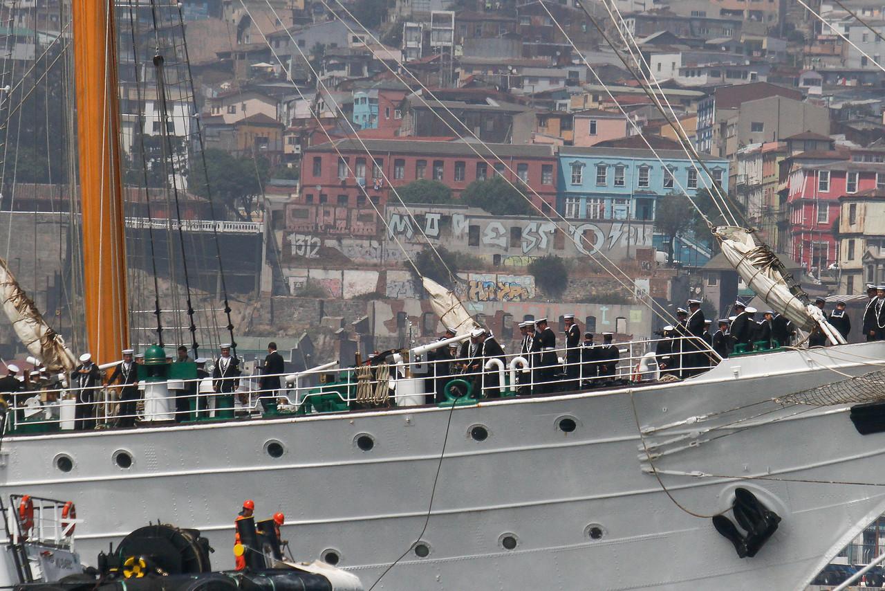 Se superan: Armada sanciona a efectivo que grabó a una mujer en baño de Concepción
