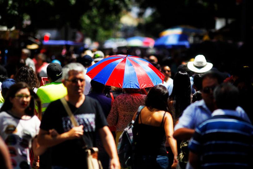 Ola de calor de 37º: fenómeno será más intenso entre las regiones de Valparaíso y del Maule