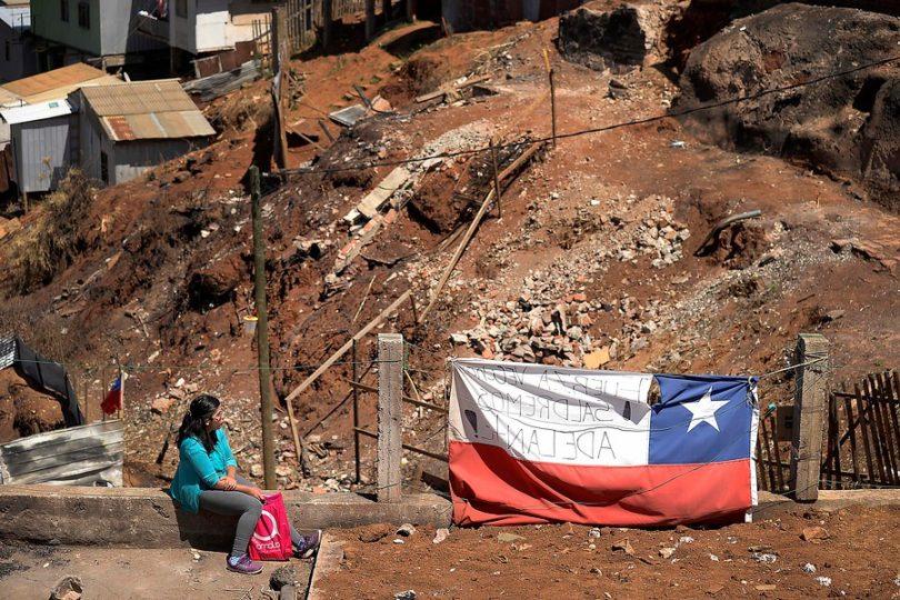 FOTOS |Usan drones en zona afectada por el incendio en Valparaíso para mejorar condiciones de urbanización