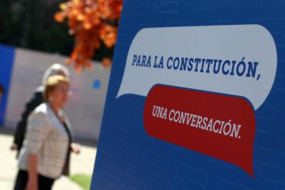 Bachelet compromete para este año reforma que permitirá crear una nueva Constitución