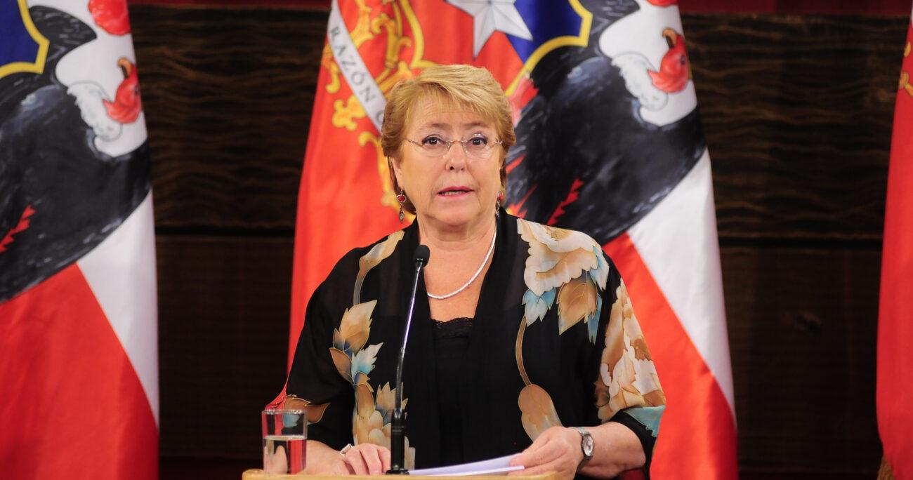 """Bachelet confirma proyecto de matrimonio igualitario y llama a """"saldar deuda de equidad"""""""