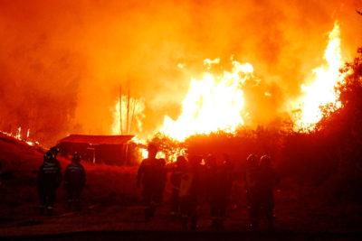 """Fiscalía responde a quienes acusaban a """"dos mapuches y un colombiano"""" de causar los incendios"""