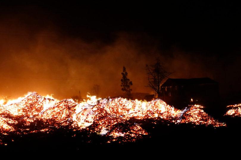 Incendios suman dos nuevos muertos: encuentran cuerpos en Santa Olga y en Tomé