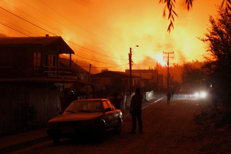 Onemi: 99 incendios activos en Chile y suministro eléctrico sufre interrupción parcial en tres regiones