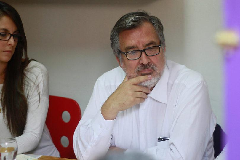 """Alejandro Guillier dispara contra Piñera y Lagos por incendios: """"Es tan fácil sacar ventajas de las tragedias"""""""