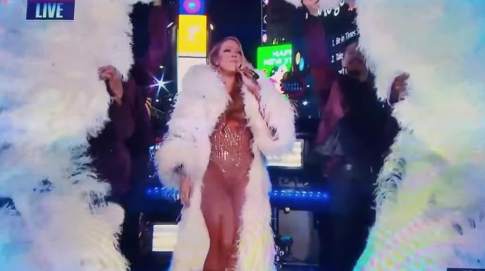 VIDEO |La bochornosa presentación de Mariah Carey en Año Nuevo que ya dio la vuelta al mundo