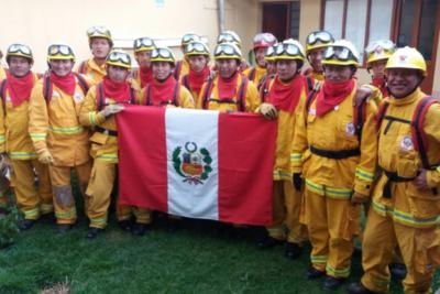 Perú no se queda atrás y envía equipo especializado de brigadistas para combatir incendios