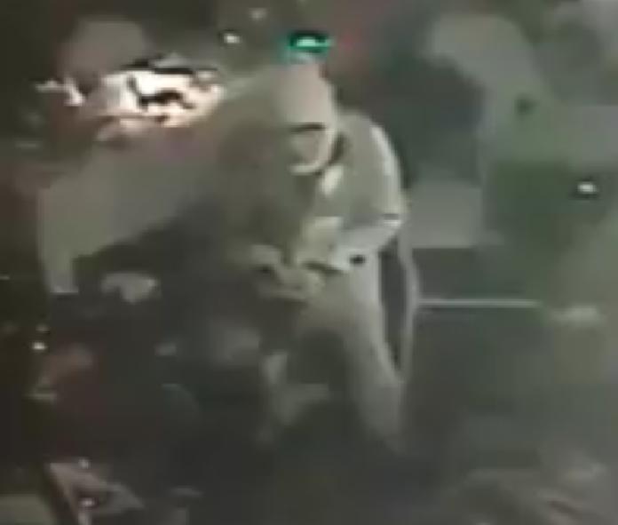 Atentado en Turquía: seis videos de alto impacto que registraron la masacre en discoteca de Estambul