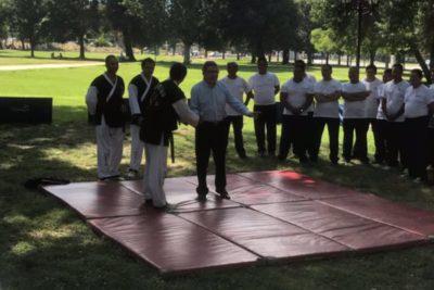 VIDEO | Joaquín Lavín no para y ahora enseña artes marciales a guardias municipales de Las Condes