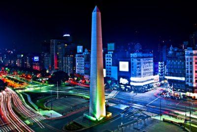 Sky remece el mercado de vacaciones con pasajes a Lima, Buenos Aires y Córdoba por menos de 14 mil pesos