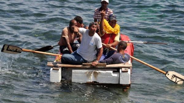Obama pone fin a la política de otorgar la residencia a balseros cubanos que llegaban a EE.UU.