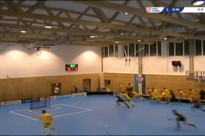 VIDEO | Colapsa techo de gimnasio en pleno partido y asistentes se salvan por poco de morir