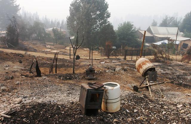 Familias damnificadas por incendios ya habían perdido sus casas en el 27-F