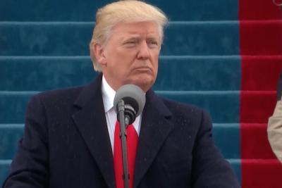 """Trump promete recuperar trabajos """"arrebatados a EE.UU."""" y terminar con el extremismo islámico"""