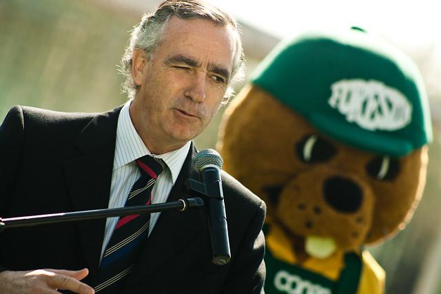 Ex director Conaf reveló que no se compraron equipos en gobierno de Piñera