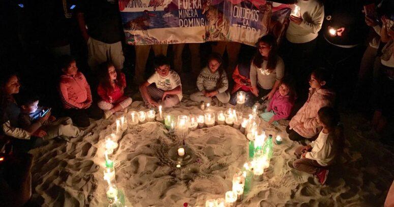 """""""Con velatón en Coquimbo llaman a rechazar la construcción de minas Dominga y Cruz Grande"""""""