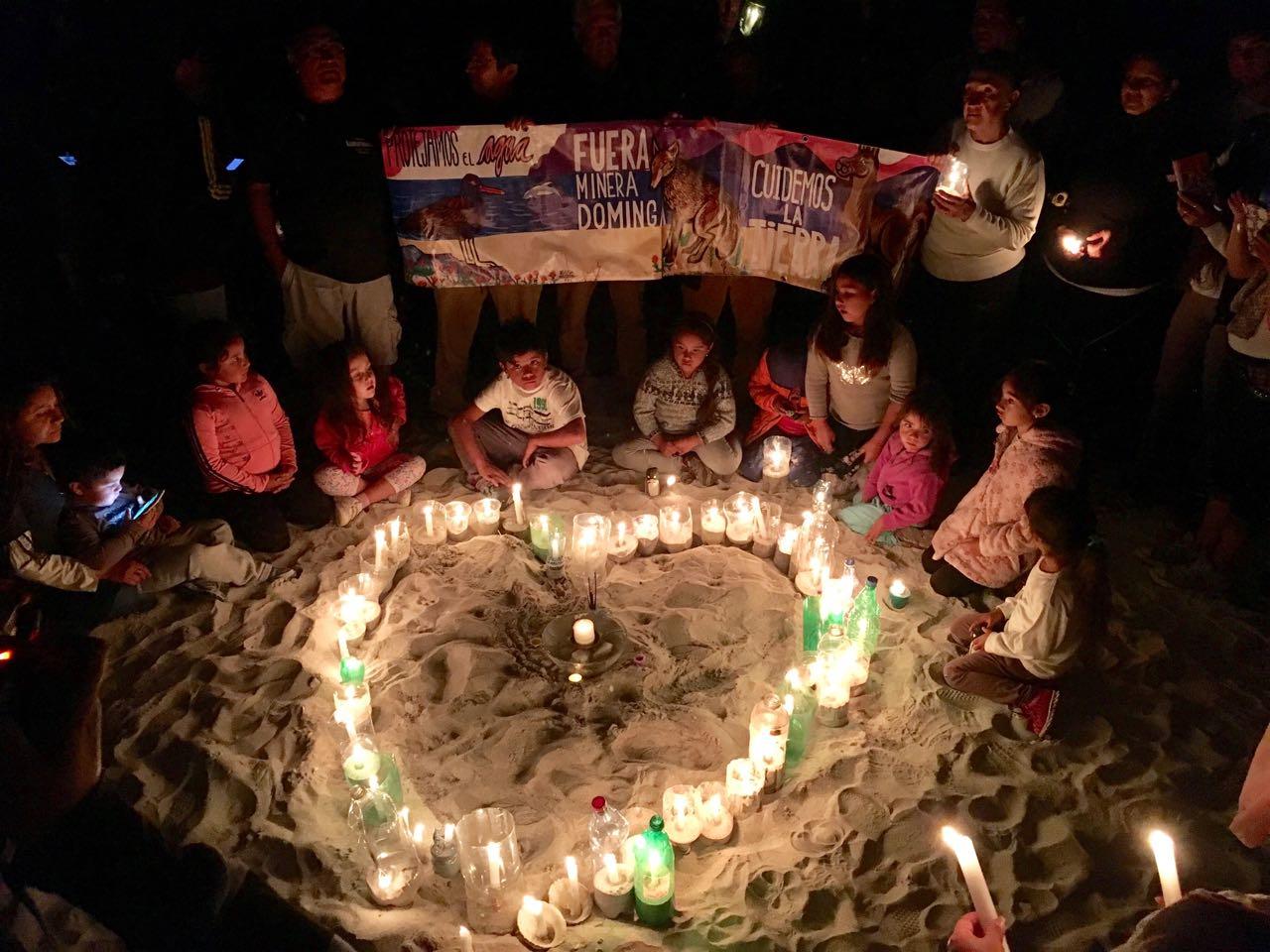 Con velatón en Coquimbo llaman a rechazar la construcción de minas Dominga y Cruz Grande