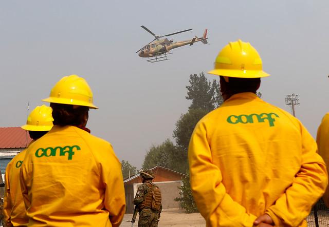 Fiscal acusa a empresas eléctricas del incendio en Pumanque por negligencia