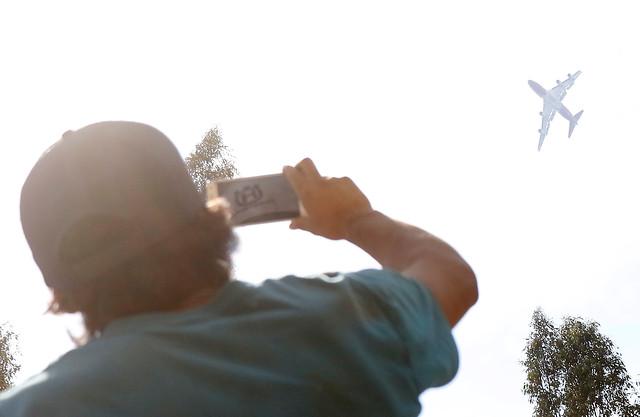VIDEO | Registran el increíble paso del SuperTanker por Concepción