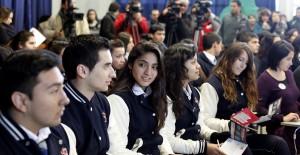 Charla para incentivar a jovenes de enseñanza media a postular en el primer proceso de inscripción de  Beca Vocación de Profesor.