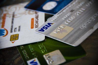 PDI advierte de la nueva estafa que cometen delincuentes en el retail a través de los súper avances