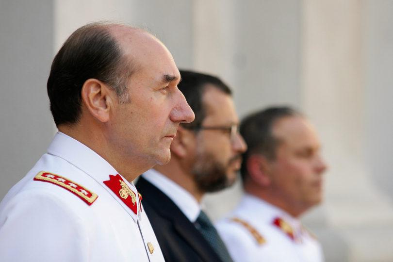 Ex comandante Fuente-Alba pide ser indagado por Justicia Militar y no Fiscalía