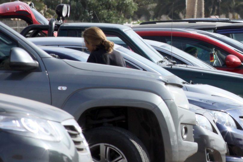 Los seis centros comerciales en Santiago que no cobran por su estacionamiento