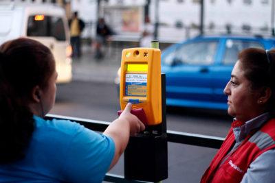 Ministerio de Transporte alerta de posible aumento en tarifa del Transantiago