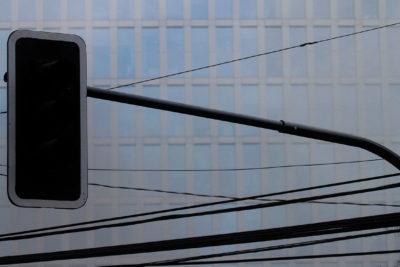 Reportan corte de luz en sectores de Santiago, Providencia, Recoleta, Colina y Lampa