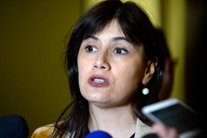 """Contraloría dictamina que """"no corresponde"""" contratación de funcionarios de Gendarmería por orden de Blanco"""