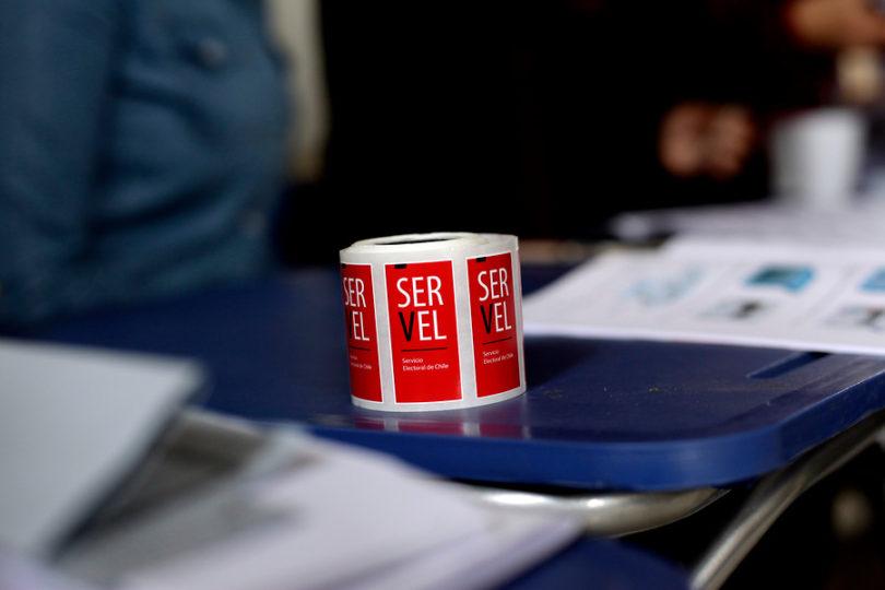 Partidos políticos disueltos por el Servel tras no lograr refichaje deberán devolver aportes fiscales