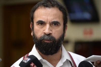 """Hugo Gutiérrez trata a ex militante de """"mitómano"""" por sus denuncias de """"movidas de plata"""" en el PC"""