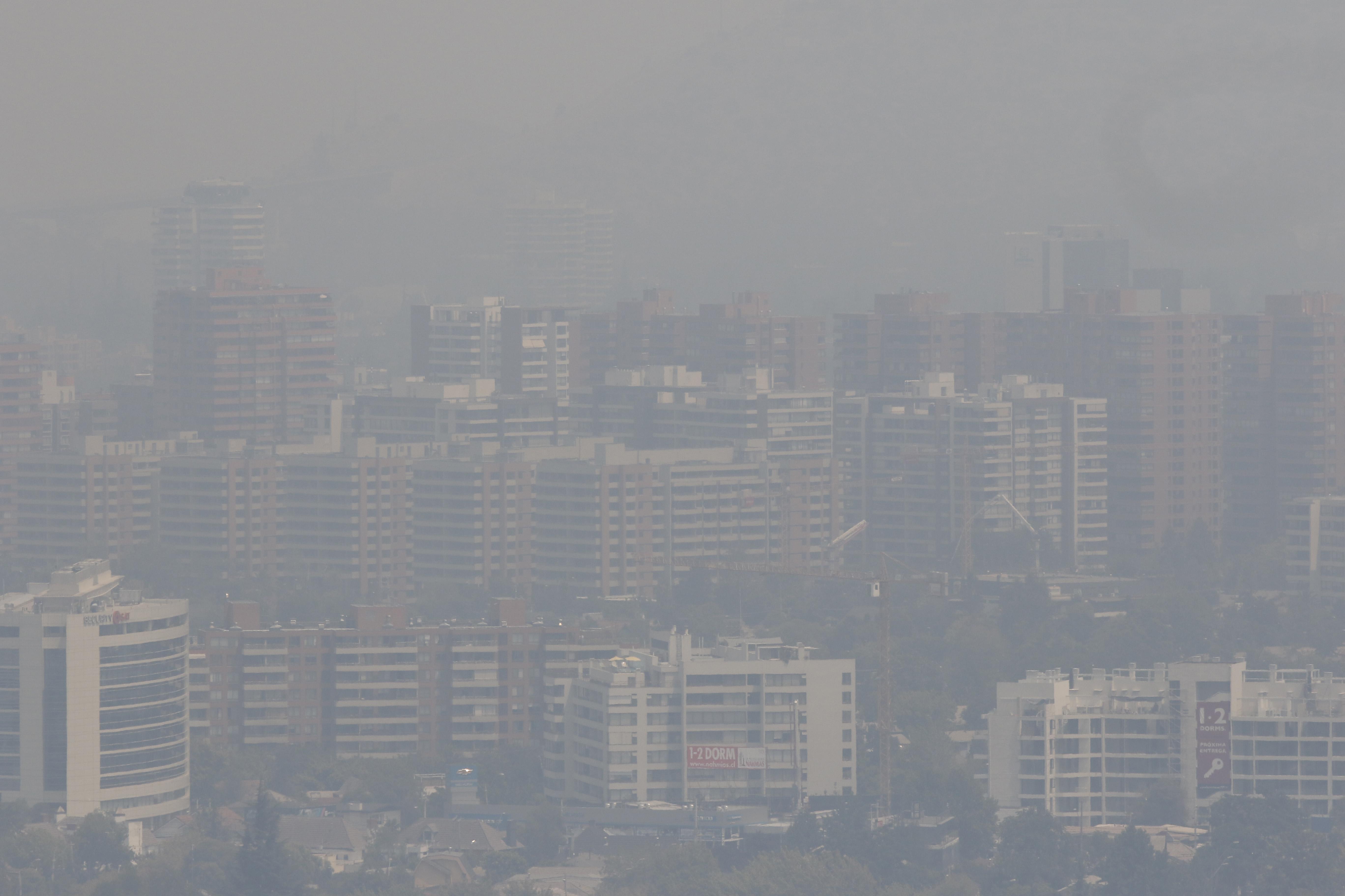 Estudio: casi seis mil chilenos murieron en 2015 por efectos de la contaminación