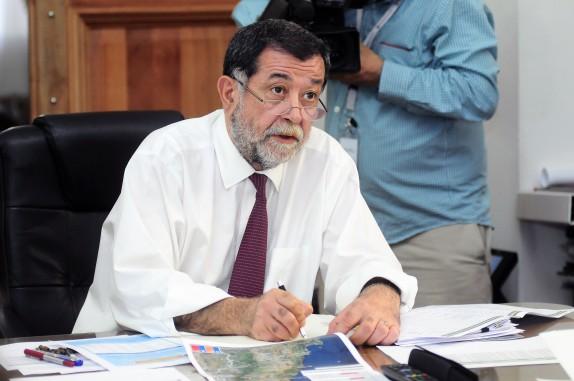 Proyecto sobre migraci n aleuy vincula retraso a for Subsecretario del interior