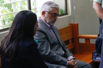 Historiador Leonardo León quedó en prisión preventiva tras ser acusado de abuso sexual contra su hija