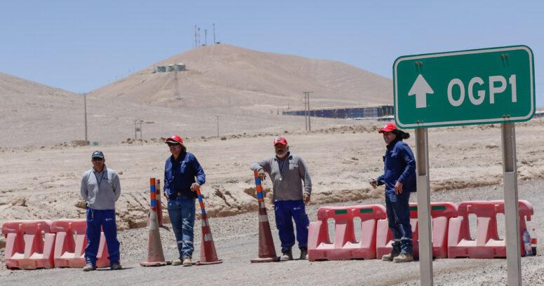 """""""Sindicato Escondida y Minera suspenden mediación de la Dirección del Trabajo"""""""