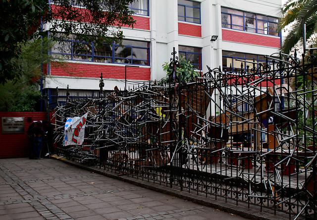 Cuatro liceos emblemáticos de Santiago arriesgan perder la excelencia en 2017