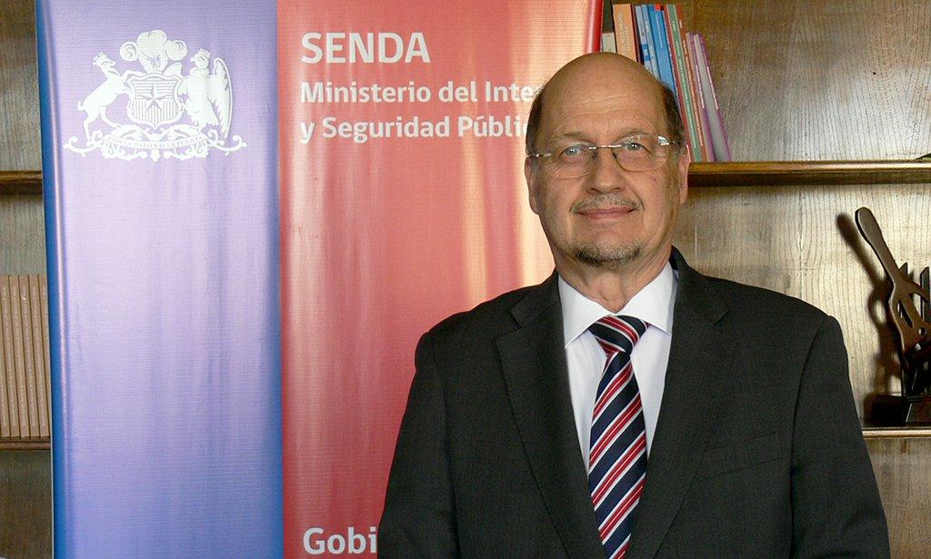 Gobierno designa a Patricio Bustos, ex titular del Servicio Médico Legal, como director de Senda