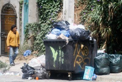 Abren sumario sanitario por basura en Valparaíso y alcalde Sharp se sincera
