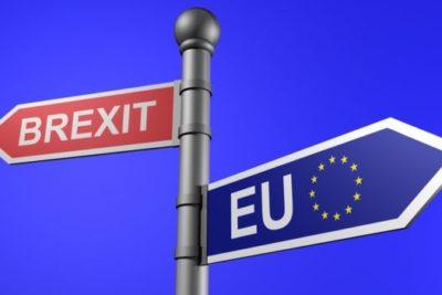 """Cámara de los Comunes aprueba el primer trámite para que Reino Unido concrete el """"Brexit"""""""