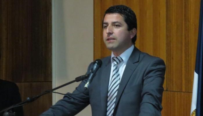 Alcalde de Cabrero enfrenta querella criminal por violencia intrafamiliar contra su esposa