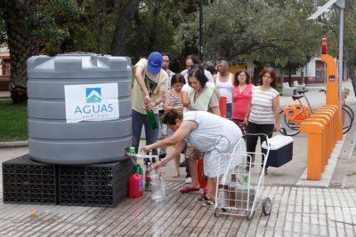 """Experta sobre Aguas Andinas: """"La vulneración requiere una compensación monetaria y moral"""""""