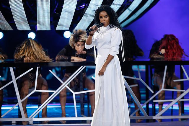 Participante cubana cambia la letra de su canción y desordena premiación en Viña 2017