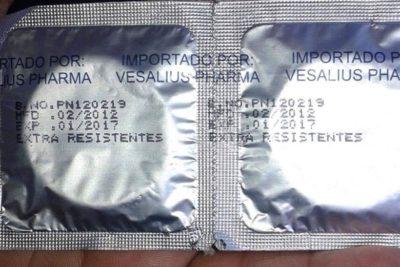 Trabajadoras sexuales denuncian que Seremi de Salud les entregó 3.500 condones vencidos